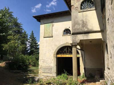Ref. TR94, Tuscany, Casentino Valley, Farm to be restored