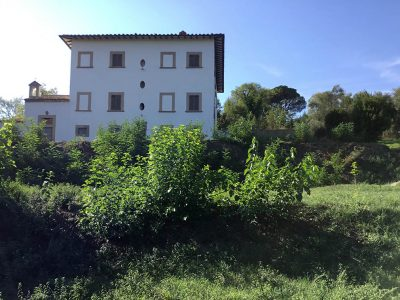 Ref. V71, Arezzo, Historic villa with private chapel to be restored