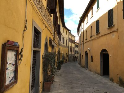 Ref. A92, Tuscany, Attic for sale in the hill town Lucignano