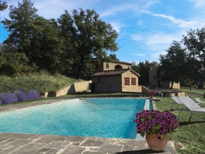 Ref.C97, Tuscany, Stone farmhouse with Guest house