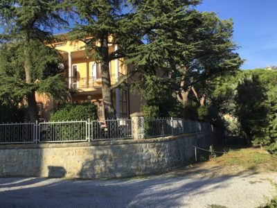 Ref. V77, Tuscany, Independent Villa with view of Cortona